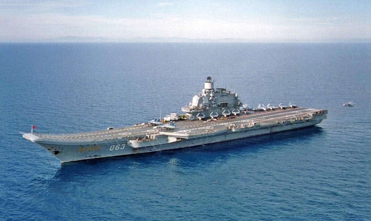 An overhead view of Admiral Flota Sovetskogo Soyuza Kuznetsov.