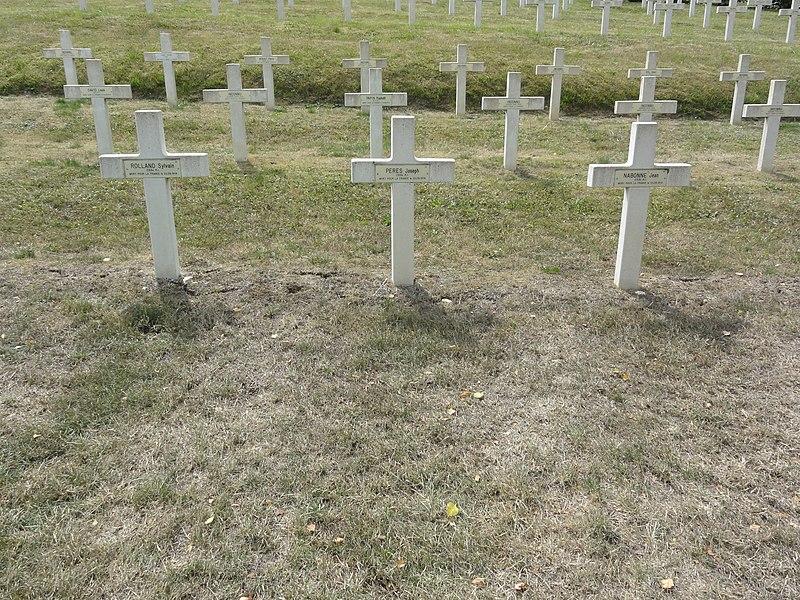 Saint-Rémy-la-Calonne (Meuse) nécropole nationale (06) tombes de la compagnie d'Alain-Fournier