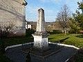 Salagnac monument aux morts.jpg