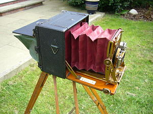 View camera - A Sanderson 'Hand' camera dating from circa 1899