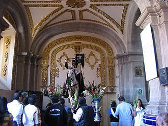 Chalco de Díaz Covarrubias - Santiago Apostol Statue, patron saint of the town, it is displayed inside the main church.