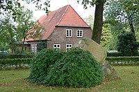 Schleswig-Holstein, Oldenborstel, Ehrenmal NIK 9771.JPG