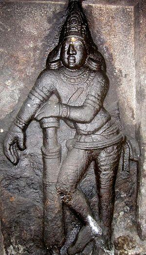 Avanibhajana Pallaveshwaram temple - Image: Seeyamangalam dvarapala 2