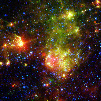 AB7 - The bubble around AB7 in the infrared (Spitzer Space Telescope)