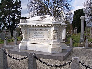 Isaac Singer - Singer's grave in Torquay Cemetery