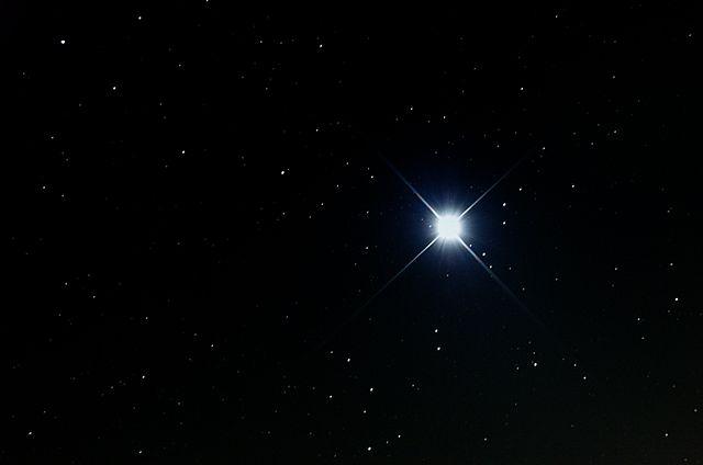 http://upload.wikimedia.org/wikipedia/commons/thumb/c/c6/Sirius.jpg/640px-Sirius.jpg