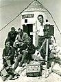 Skalaška filmska ekipa na Triglavu 1931.jpg