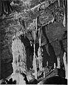 Skupina kapnikov v vel. dvorani Županove jame 1927.jpg
