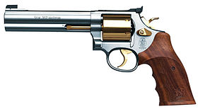 Image illustrative de l'article S&W Model 686