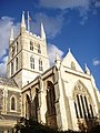 Southwark Cathedral, looking up.jpg