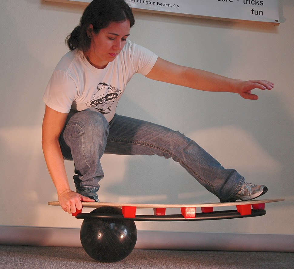 Sphere and ring board si-board with 10 inch ball