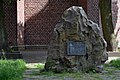 St. Josef, Essen-Frintrop, Gedenkstein.jpg