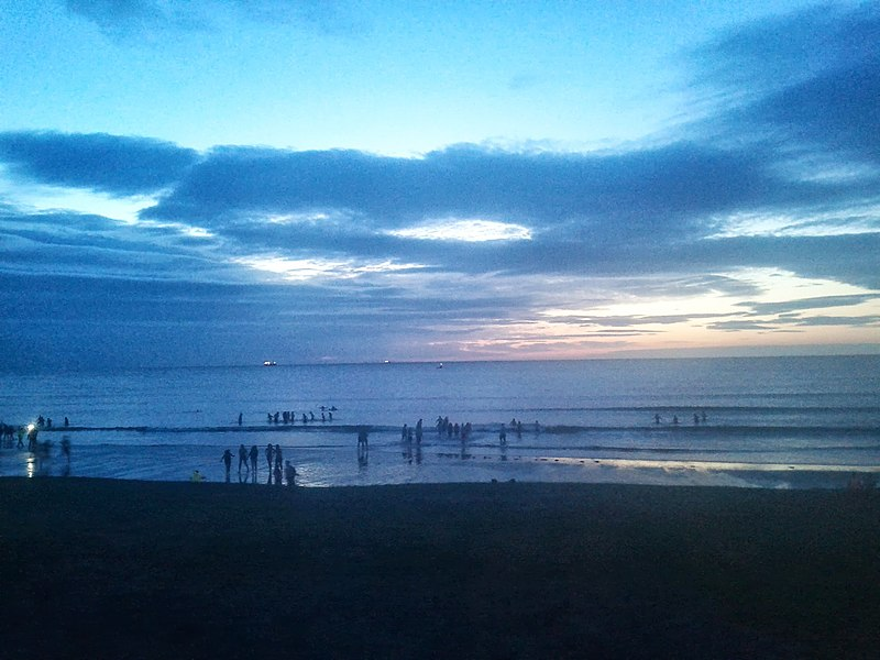St Andrews May Dip 2013.jpg