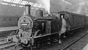 Midland Railway 2228 Class - Image: St Pancras 3 station pilot geograph 2223502