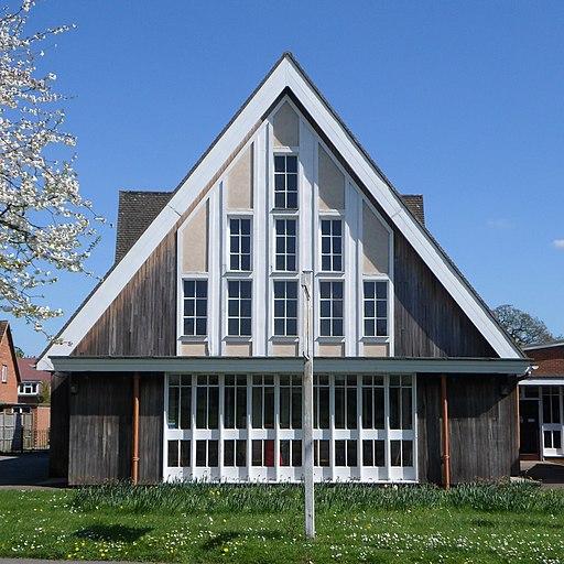 St Peter's Church, Hazel Avenue, Bellfields, Guildford (April 2014) (2)
