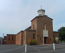 St Wilfrid's RC Church, Station Road, Burgess Hill.JPG