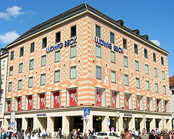 Stammhaus Ludwig Beck.jpg
