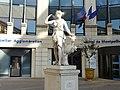 Statue de Diane (2393775612).jpg