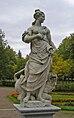 Statue of the goddess Pax (Pavlovsk Garden, St Petersburg, Russia).jpg
