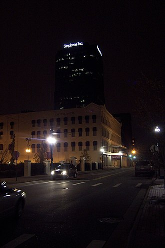 Stephens Inc. - The Stephens building at night. It is one of the tallest in Little Rock.