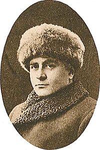 En vinterklædt Emile Stiebel omkring 1916.