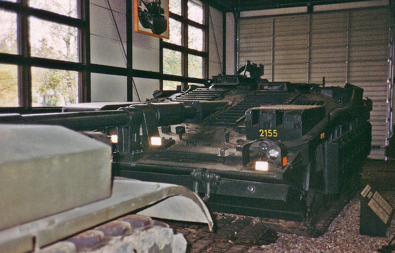 파일:Stridsvagn 103 c.jpg