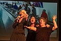 Sus Zwick, Michele Fuchs und Muda Mathis während der Show «Let's sing Arbeiterin*» von Les Reines Prochaines und Freundinnen*.jpg