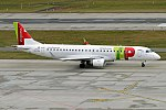 TAP Express, CS-TPO, Embraer ERJ-190LR (39427618044).jpg