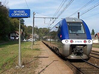 Lyon–Geneva railway - Image: TER à Seyssel Corbonod