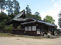 Takano-jinja (tsuyamashi-ninomiya) shaden.JPG