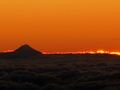 Taranaki sunset 27 April 2005 - Flickr - PhillipC.jpg