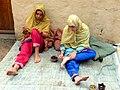 Tell Arab - Frauen beim Hennabemalen 1.jpg