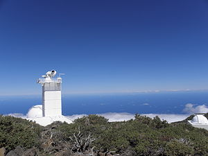 The Swedish Solar Telescope with the Atlantic Ocean.JPG