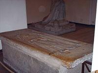 Tomb of Pope Innocent VII.jpg