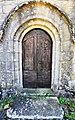 Toy-Viam, la porte de l'église.jpg