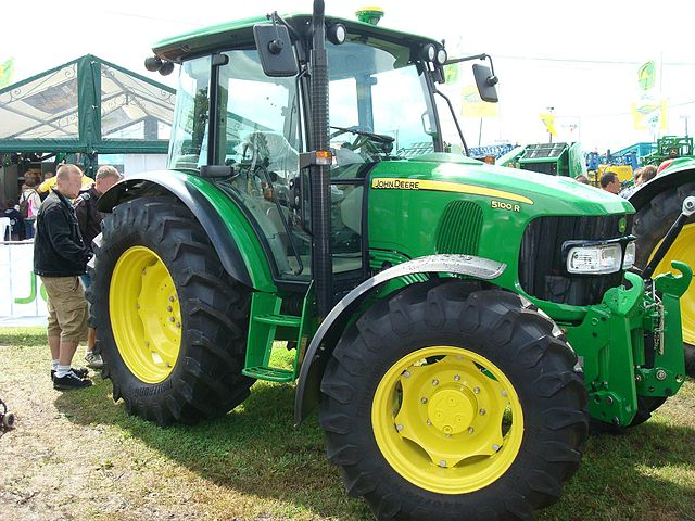 file traktor john deere 5100r jpg wikimedia commons. Black Bedroom Furniture Sets. Home Design Ideas
