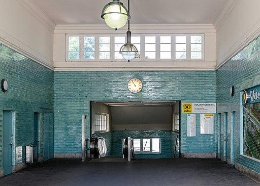 U-Bahnhof Oskar-Helene-Heim 20130706