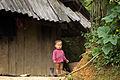 Un enfant dans les montagnes du Nord Vietnam.jpg