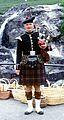 Un joueur de cornemuse écossais.jpg