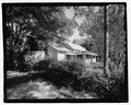 VIEW OF FRONT LOOKING NORTHEAST - 808 Short Bewick Street (House), Waycross, Ware County, GA HABS GA-2226-1.tif