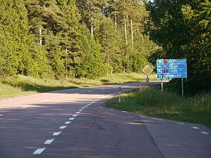 Transport on the Åland Islands - Valtatie (main road) 1 from Eckerö to Mariehamn