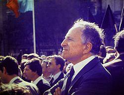 Vasco Goncalves 1982 Henrique Matos 01.jpg