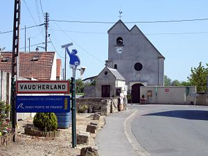 Vaudherland - The road into the village of Vaudherland