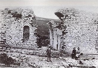 Mount Bonifato - An old photo of the ruins of Funtanazza, before being subjected to the further decay.