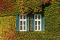 Velden Seecorso 10 Schlosshotel W-Trakt Balkenfenster S-Ansicht 24102019 7295.jpg