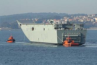 HMAS Adelaide (L01) - Image: Vigo Embarque del portaaviones HMAS Adelaide en la plataforma Blue Marlin (11308259696)