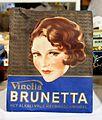 Vinolia Brunetta haarwaschmiddel.JPG