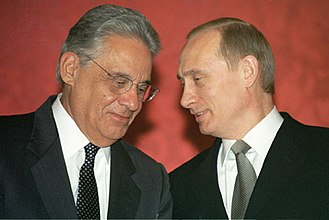 Fernando Henrique Cardoso - Cardoso with Russian President Vladimir Putin in Moscow on January 14, 2002.
