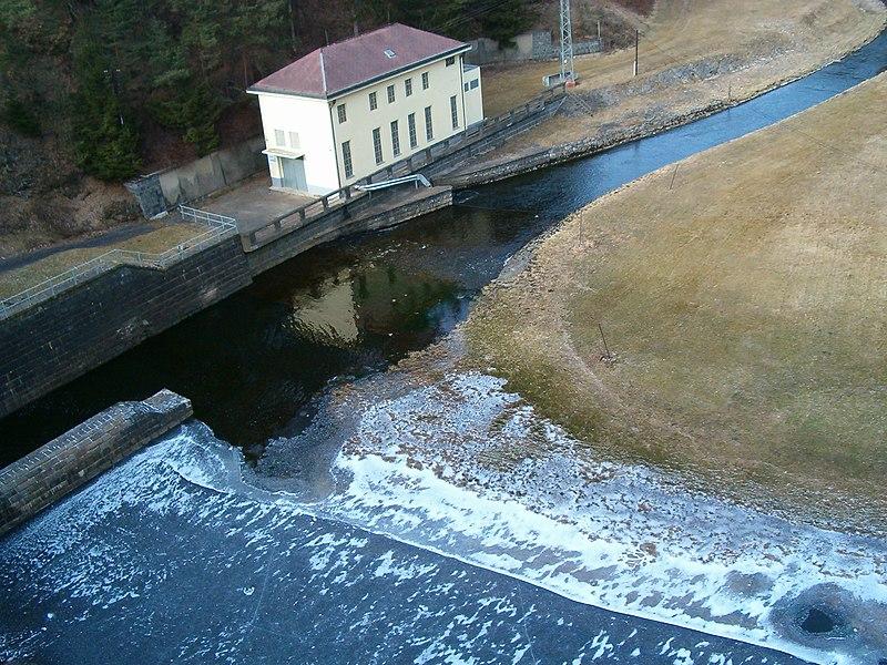 vodní nádrž Husinec