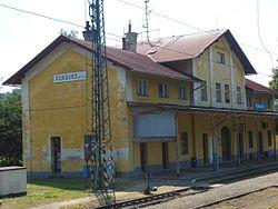 Vojkovice nad Ohří, nádraží.JPG